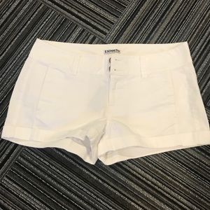 Express shorts white size 6 new with tag